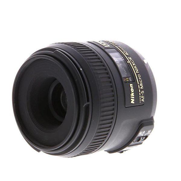 Nikon AF-S DX Micro NIKKOR 40mm f2.8G (2)