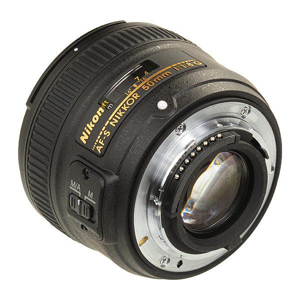 Nikon AF-S NIKKOR 50 mm f1.8G (3)