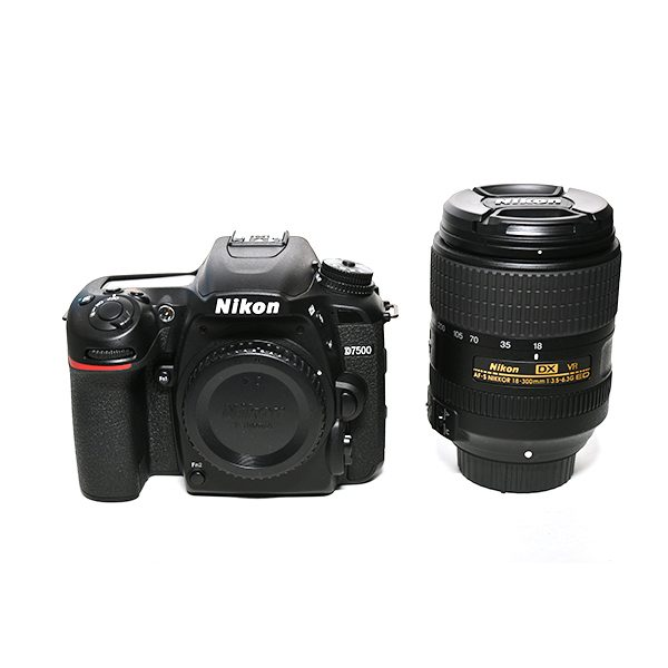 Nikon D7500 + 18-300 (2)
