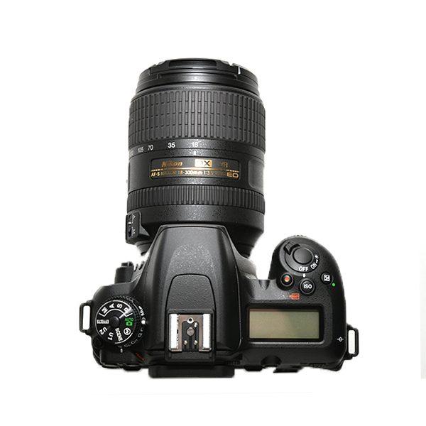 Nikon D7500 + 18-300 (3)